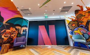 Netflix 執行長 Reed Hastings 認為,領導者的首要目標是建立全由優異同事構成的環境。圖為Netflix 的 Alphaville 辦公室一景。